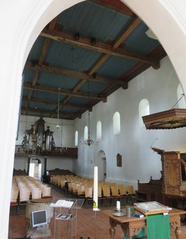 Nave of church Vries
